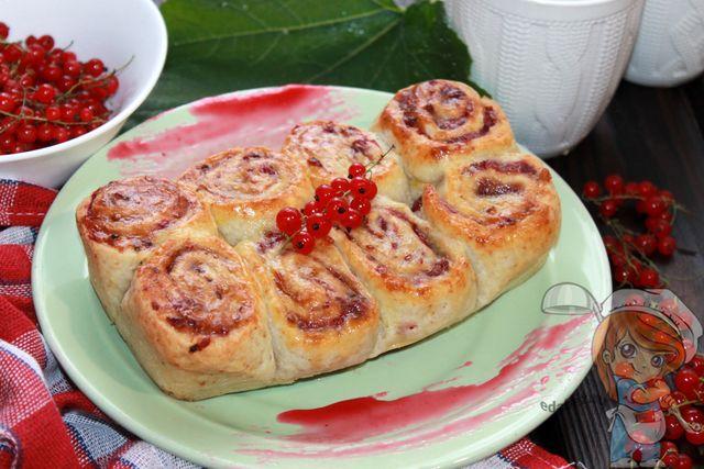 Пирог с красной смородиной - рецепт с фото