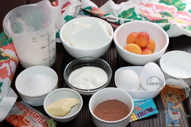 Продукты для приготовления пирога с абрикосами