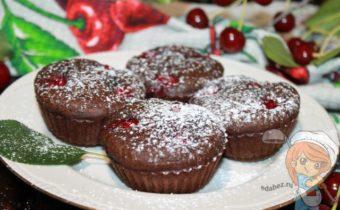 шоколадные кексы с вишней - рецепт с фото