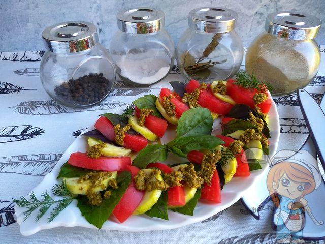 Капрезе с кабачками, рецепт без сыра