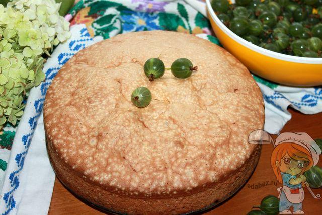 Простой рецепт пирога с крыжовником
