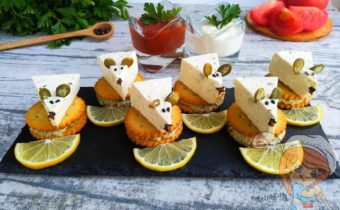 Мыши на крекерах