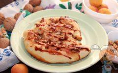 Абрикосовый пирог в духовке, рецепт с фото