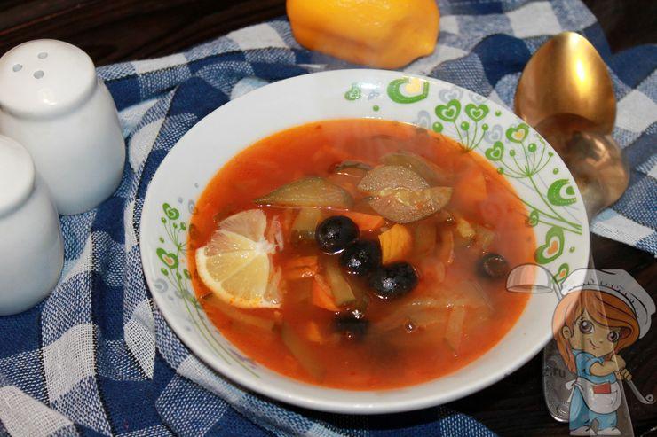 Овощная солянка без мяса, рецепт по шагам