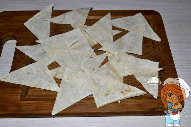 Лаваш режем треугольниками