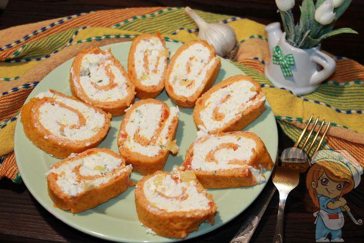 Рецепт морковного рулета с творогом и сыром