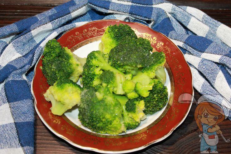 Подготавливаем брокколи