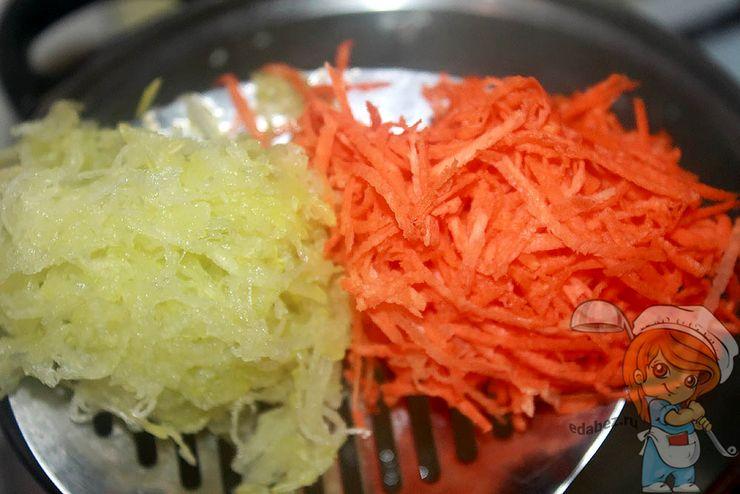 Добавляем овощи в бульон