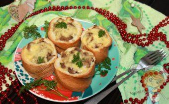 грибные пеньки из багета, рецепт с фото