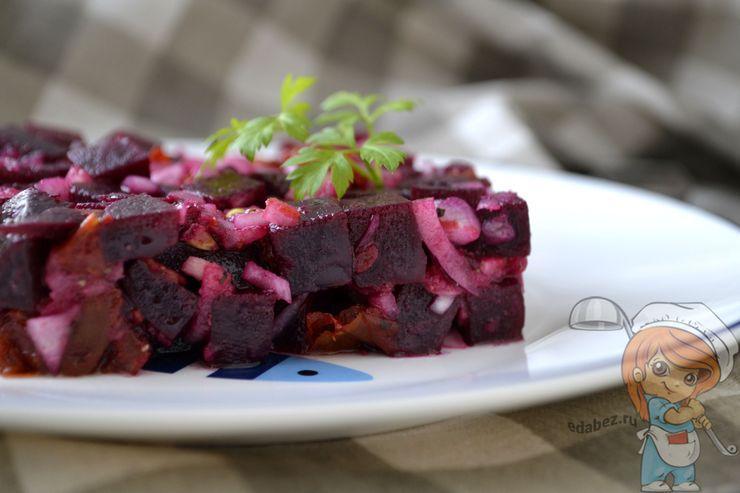 Салат с вялеными помидорами, рецепт с фото