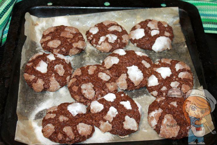 Выпекаем печенье на Рождество