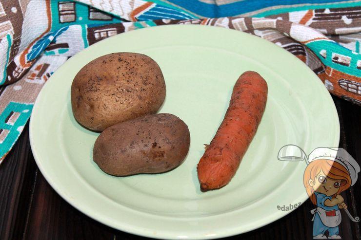 Отваренная морковь с картофелем