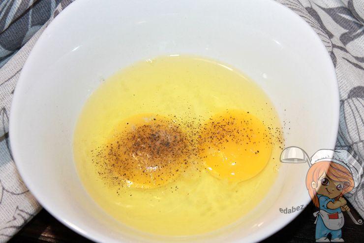 Приправляем яйца
