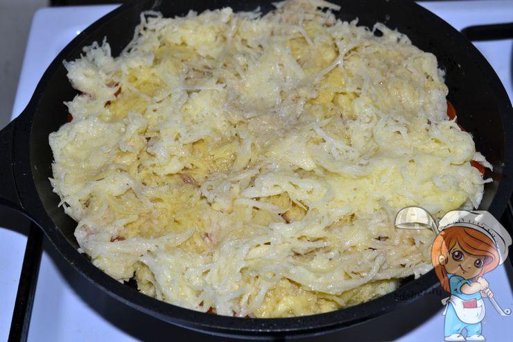 Посыпаем картофелем