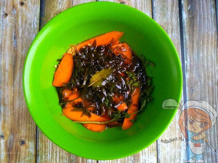 Заливаем морковь маринадом