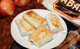 Конвертики из лаваша с начинкой, рецепт с фото