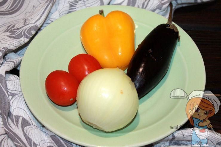 Моем и чистим овощи