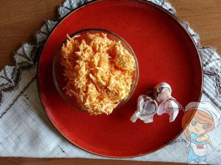 Салат с чесноком и морковью, рецепт с фото