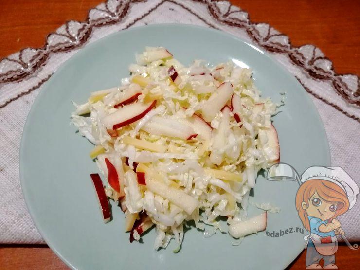 Салат из пекинской капусты для кормящей мамы
