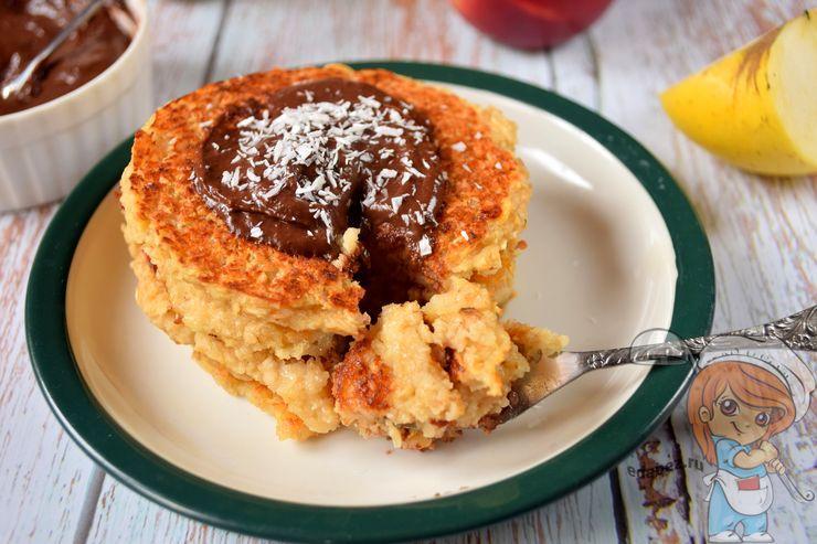 Яблочные панкейки, пп рецепт с фото