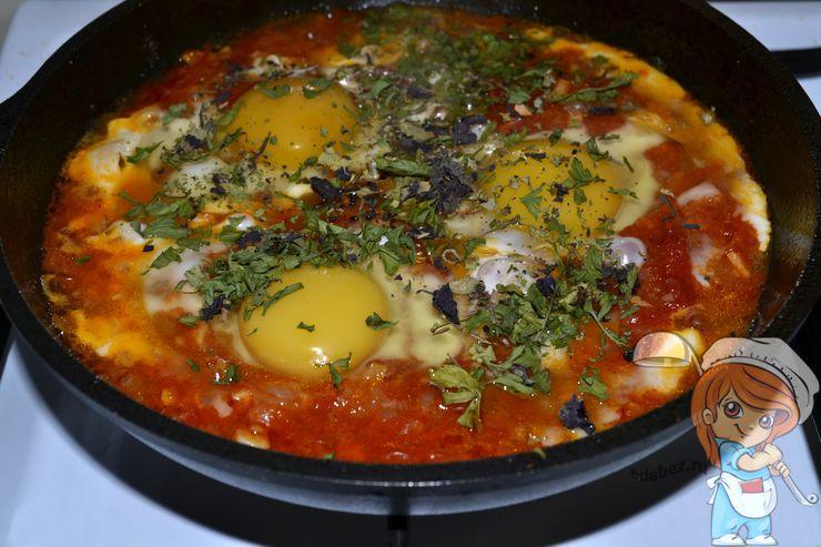 Шакшука, рецепт пошагово на сковороде