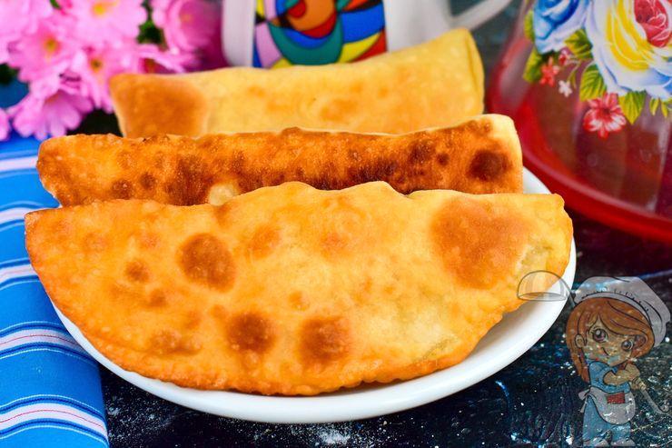 Вкусные чебреки с картошкой - рецепт приготовления на сковороде