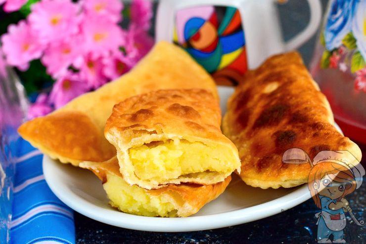 Чебуреки с картошкой - рецепт с фото