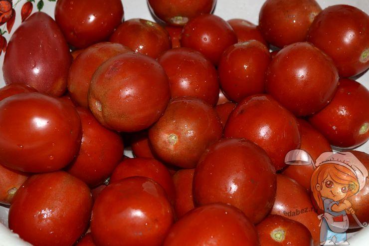 Моем и сушим помидоры