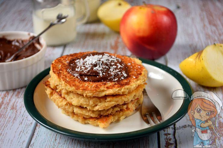 Панкейки с яблоками, рецепт с фото