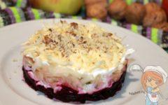 Салат из свеклы, яблок и сыра - рецепт с фото