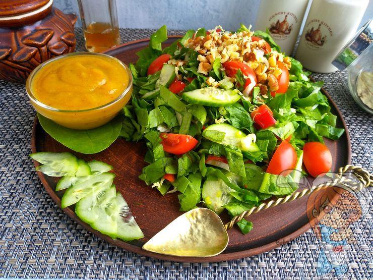 Салат из свежего шпината - рецепт приготовления