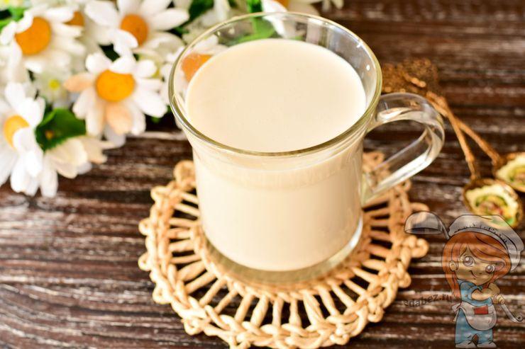Ряженка из молока в мультиварке Редмонд
