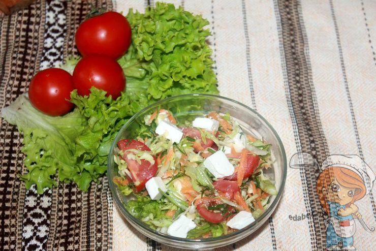 Весенний салат с фетой