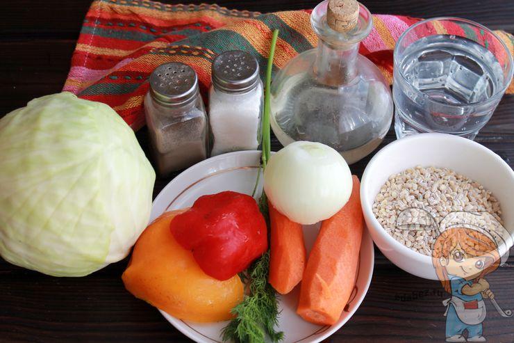 Ингредиенты для гарнира из перловки и капусты