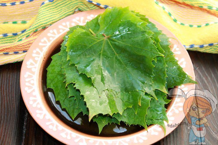 Моем листья