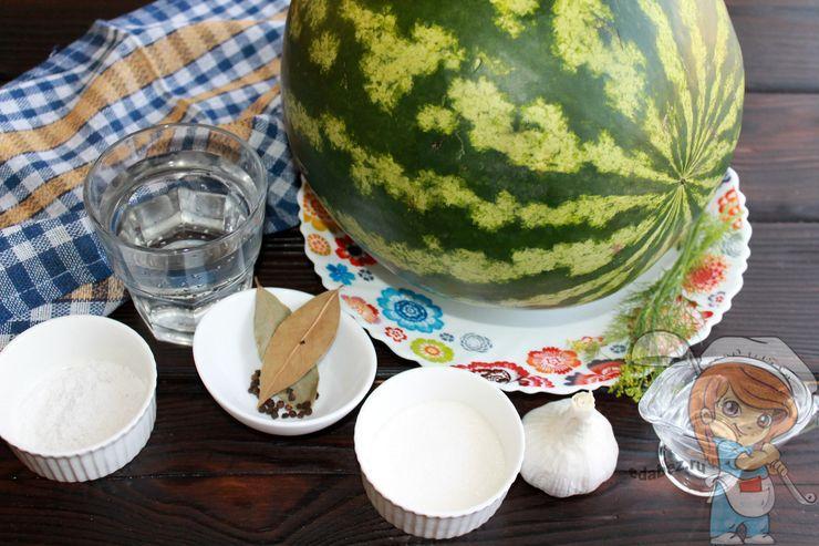Ингредиенты для маринования арбуза