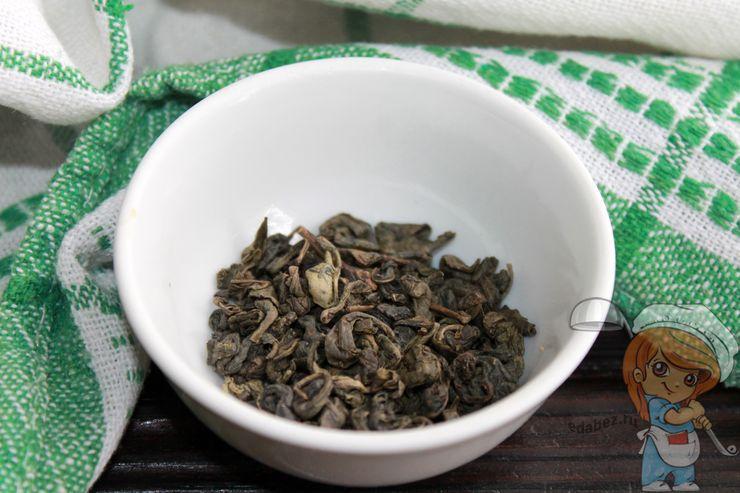 Подготавливаем зеленый чай