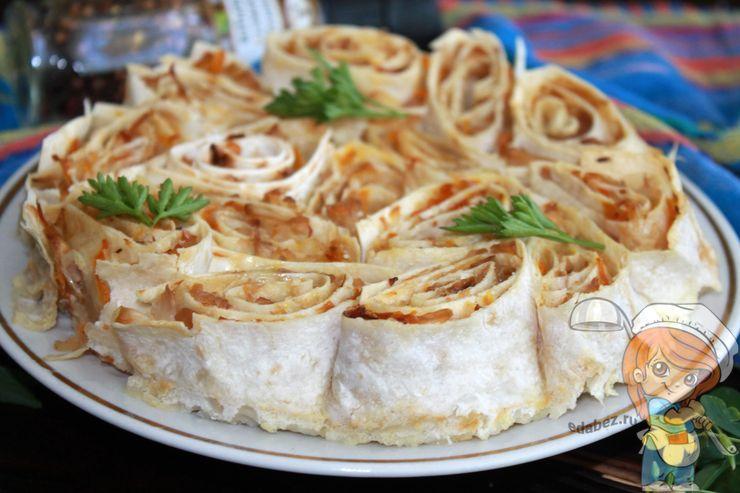 Пирог без замеса с капустой и грибами