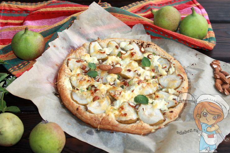 Пицца с грушей в домашних условиях - рецепт с фото