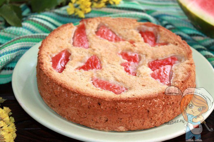 Шарлотка с арбузом в духовке - рецепт с фото пошагово