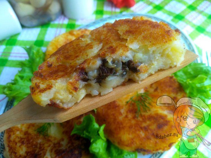 Как приготовить картофельные биточки - рецепт с фото