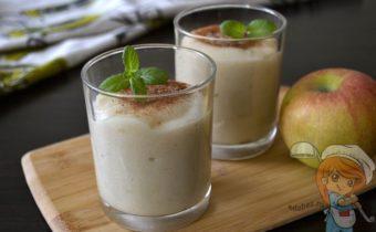 Яблочный мусс из манки - рецепт с фото