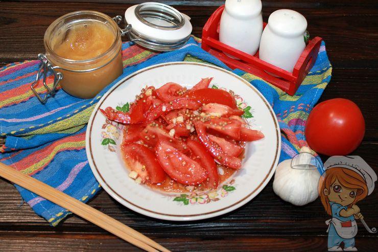 Салат помидоры по-корейски быстрого приготовления