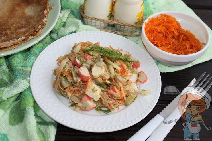 Салат с блинами и огурцом - рецепт с фото