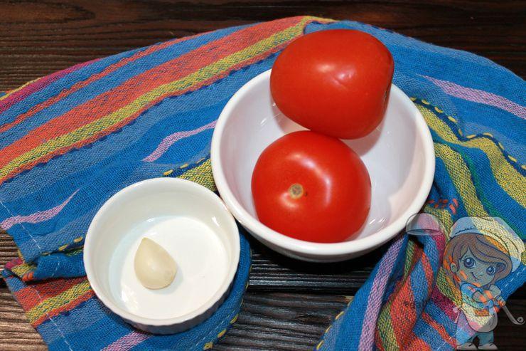 Чеснок и томаты