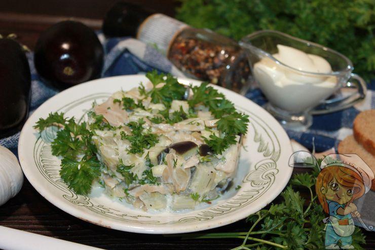 Салат из баклажанов с чесноком - праздничное блюдо