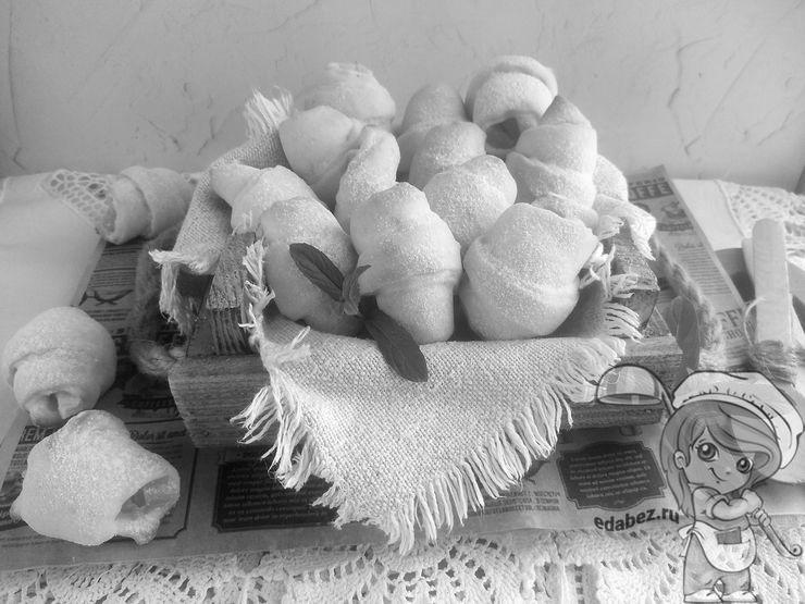Рогалики на кефире - простой рецепт
