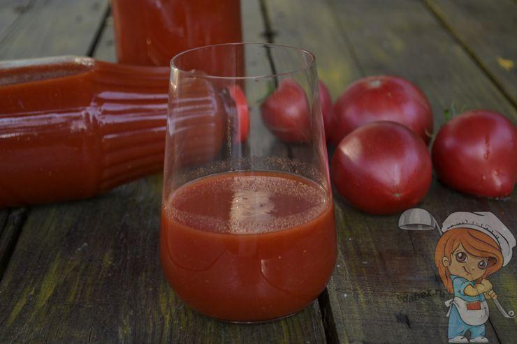 Полезный томатный сок в домашних условиях