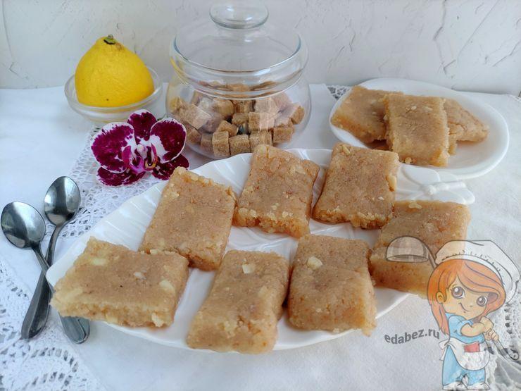 Жареный творог на сковороде - рецепт казахского десерта