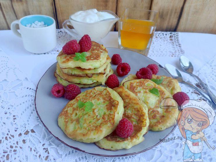 Оладьи из кабачков сладкие, рецепт приготовления на сковороде